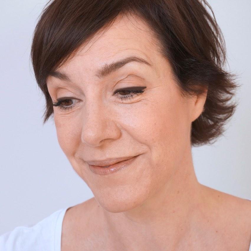 Make up mit Fokus Augen - Anleitung für den perfekten Lidstrich.