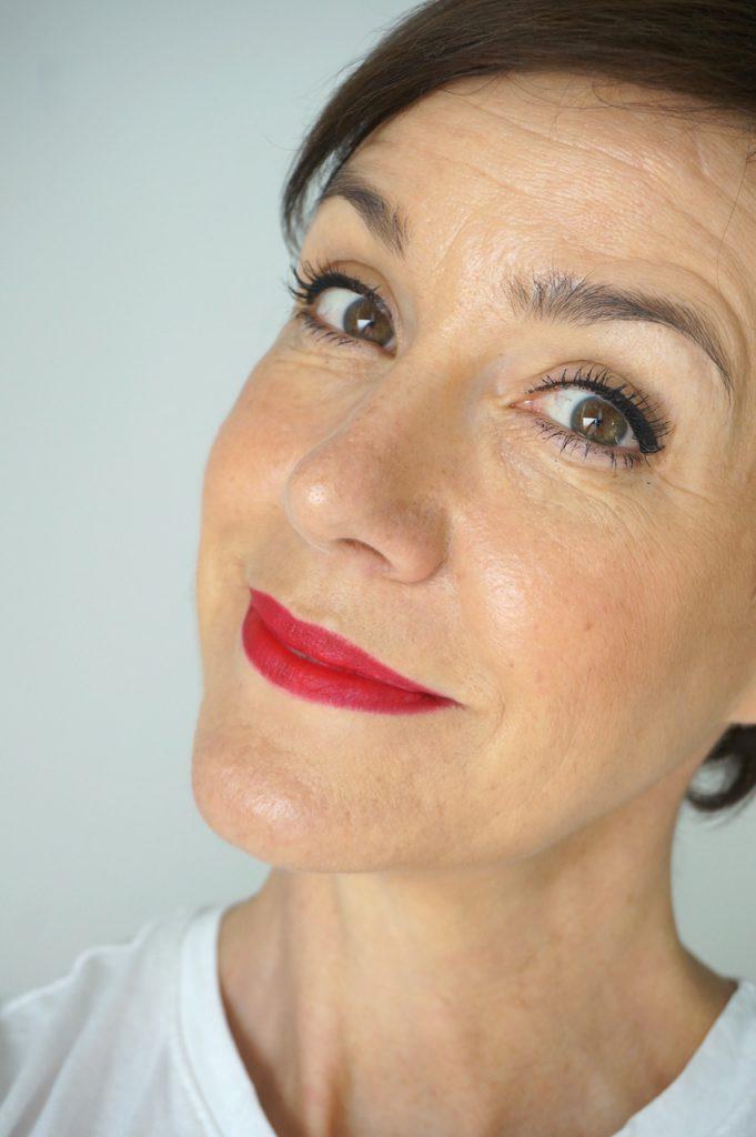Make up, Tutorial, Schminktipps, Statementlippen, Schminkanleitung, Step by Step, Schminktante, Make up Artist, Profi, Top-Beauty-Blog, Anja Frankenhäuser, Lippenstift, matte Lippen, Pink