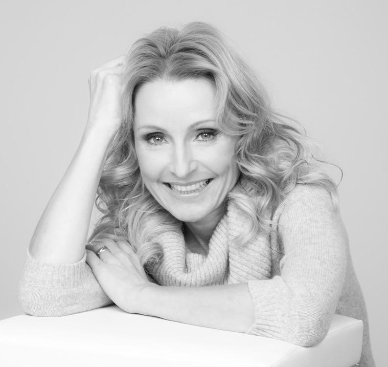 Dr. Alexa Iwan ist Ernährungsexpertin und zu Gast im Beautyinterview der Schminktante.