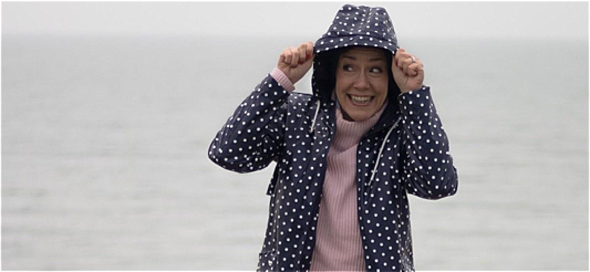 Schminktante Anja Frankenhäuser Ich philosophiert über das Glück. Wenn Ihr wissen wollt, warum ausgerechnet Regenjacken sie dazu inspiriert haben, kommt lesen...
