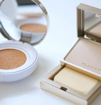 Clarins: Everlasting Foundations