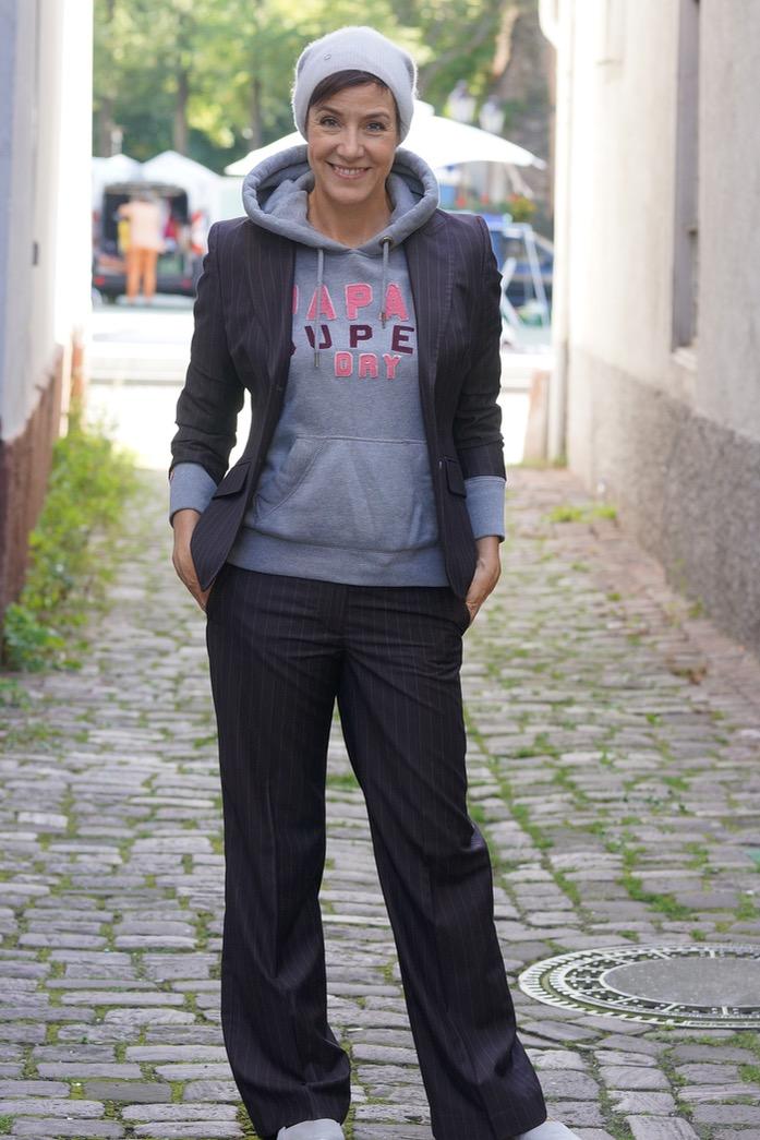 In Teil 3 der Bloggeraktion der Modeflüsterin dreht sich alles um das lässige Styling des kompletten Hosenanzuges.