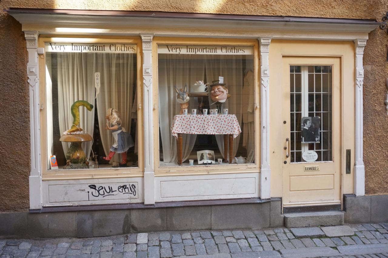 Mode aus dem Versandhaus KLINGEL in einer Kooperation mit der Schminktante.