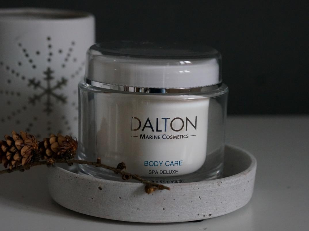 Die Haut im Winter und ein paar Pflegetipps für wintergestresste Haut.