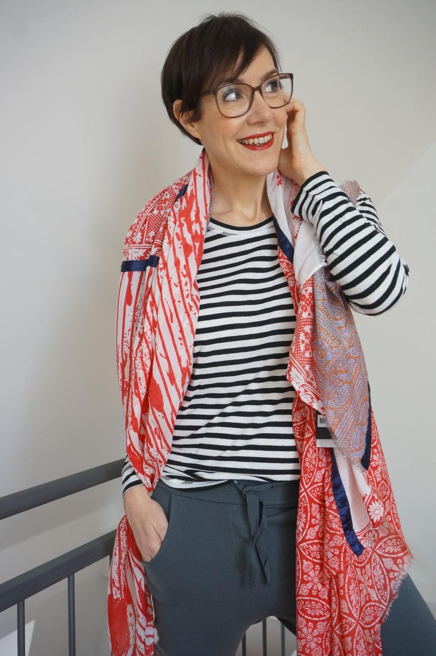 Die Mustermix-Challenge mit der Modeflüsterin. Eine Blogger-Gemeinschaftsaktion mit einem Modekurs des Modeflüsterin-Club.