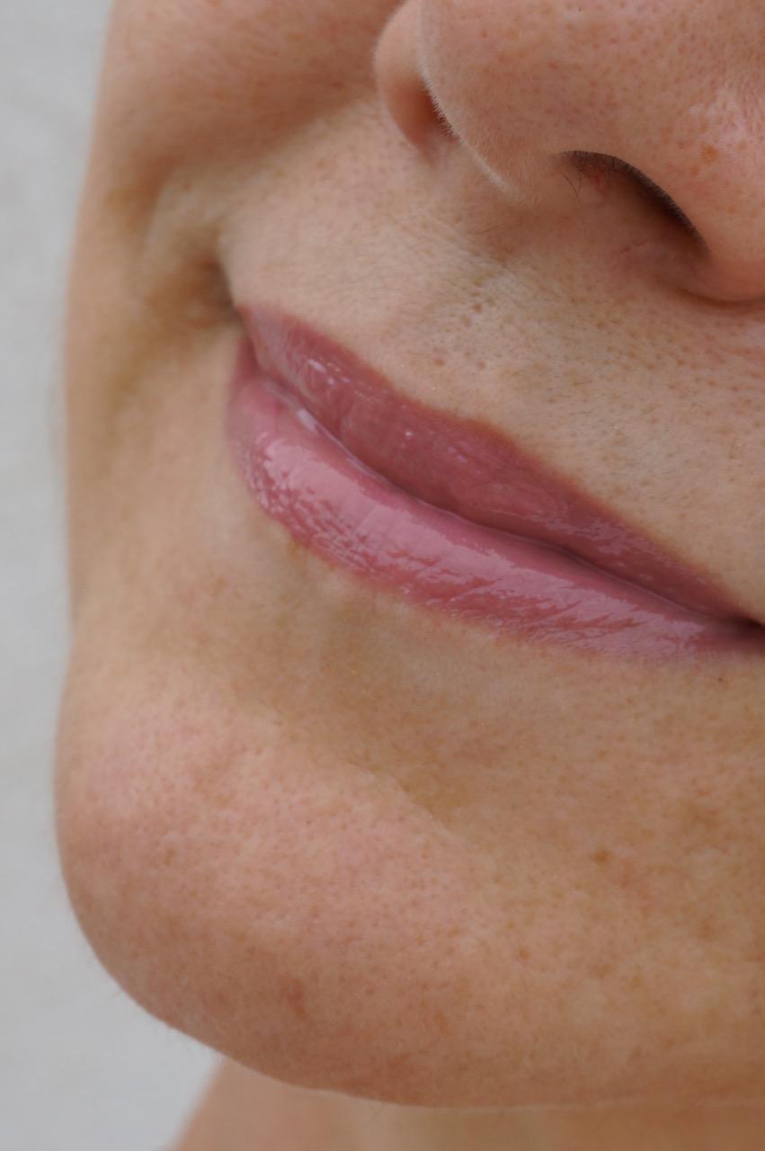 Lipgloss-Alarm bei Clinique. Aus der limitierten Edition mit Marimekko haben es 12 Nuancen ins permanente Sortiment geschafft.