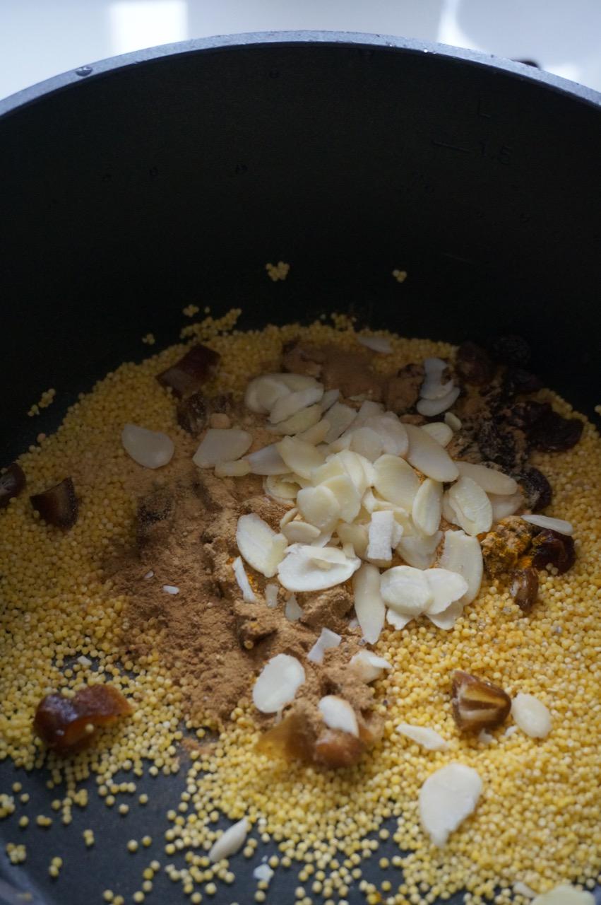 Warmes Frühstück nach TCM für mehr Energie - ein Rezept.
