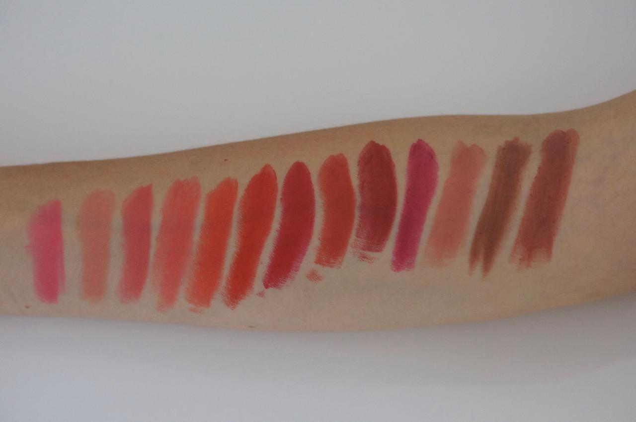 Die Color Riche Lippenstifte von L'Oréal in 12 Nuancen mit mattem Finish im Review auf dem Schminktantenblog.