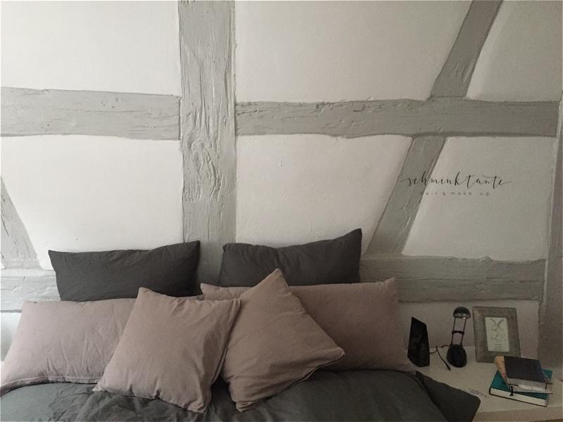 Schlafzimmer im Appartement in Durlach.
