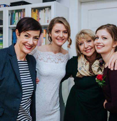 Schöner heiraten: Brautstyling mit der Schminktante