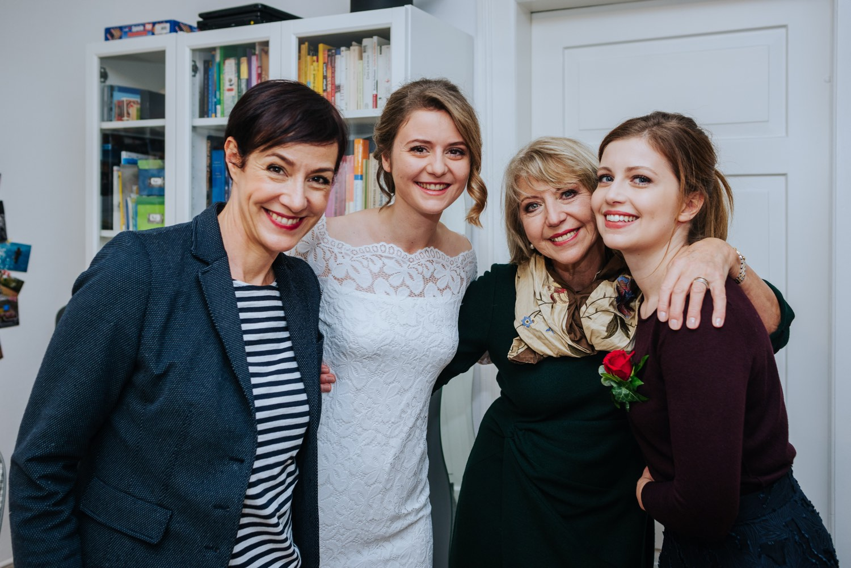 Modernes und individuelles Brautstyling mit persönlichem Service von der Schminktante Anja Frankenhäuser.