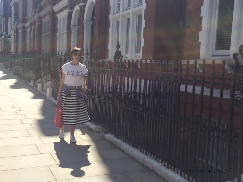 London Spätsommerlook - mein allerliebster Streifenrock