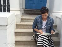 Im Streifenrock durch Notting Hill