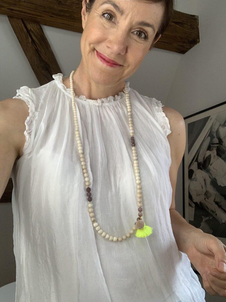 Neon-Kollektion, Schmückstück, Schmuck, Modeschmuck, Armband, Schminktante, Perlen, Neon, Mode, Fashion, Anja Frankenhäuser, Nude, Edelsteine