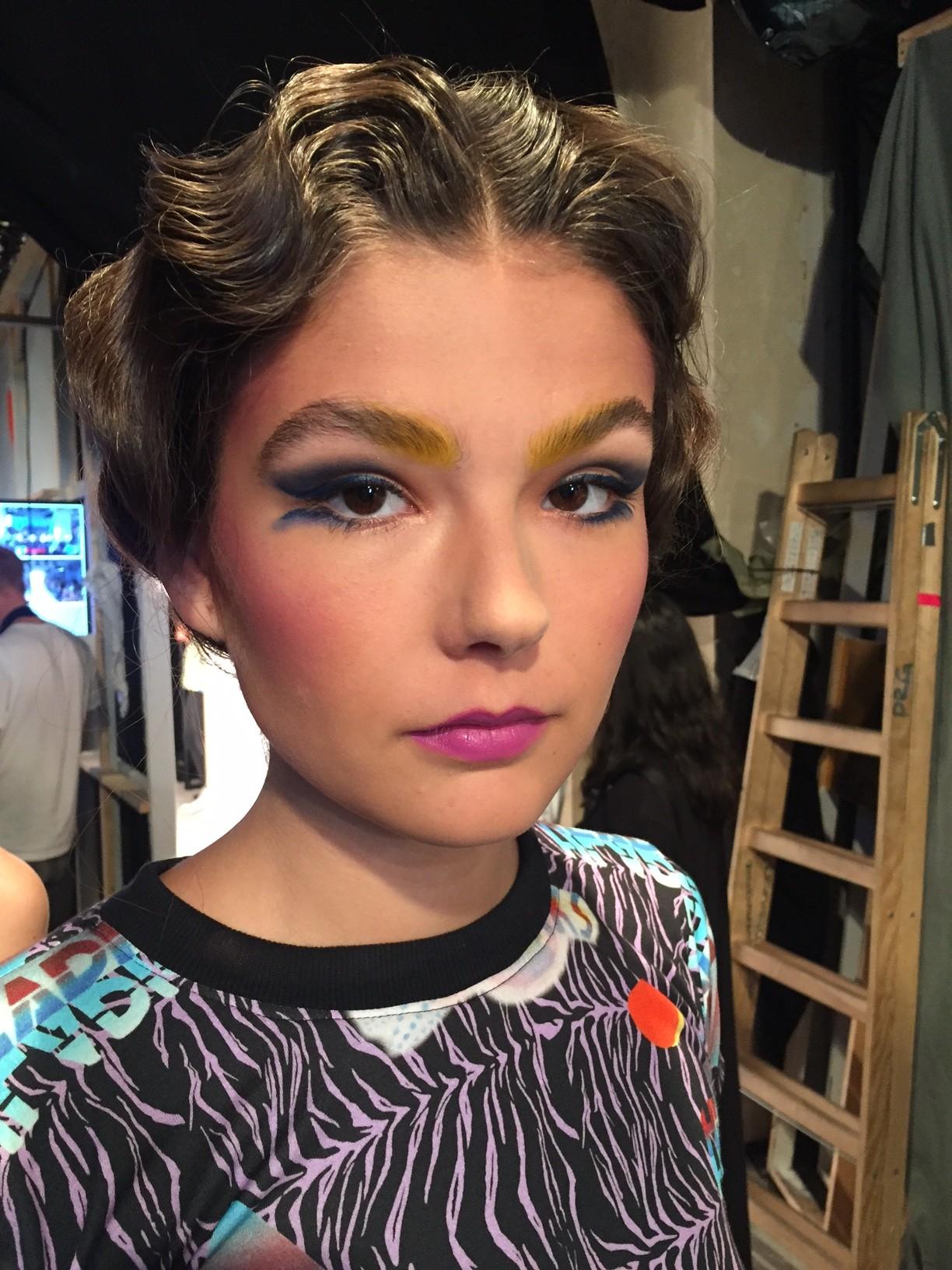Look für Raquel Hladek auf der Berlin Fashionweek im Juli 2017.