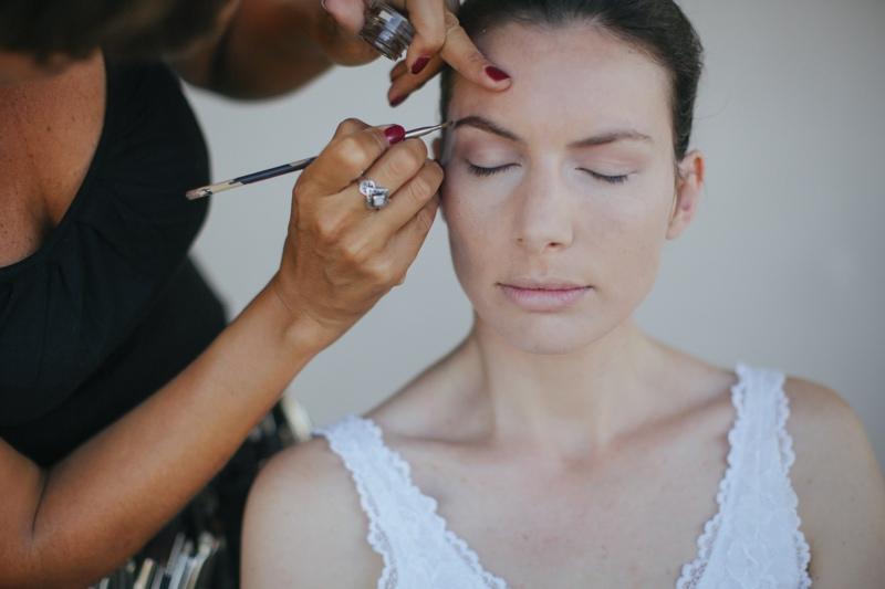 Julia Hartmann beim Getting Ready ihrer Hochzeit.