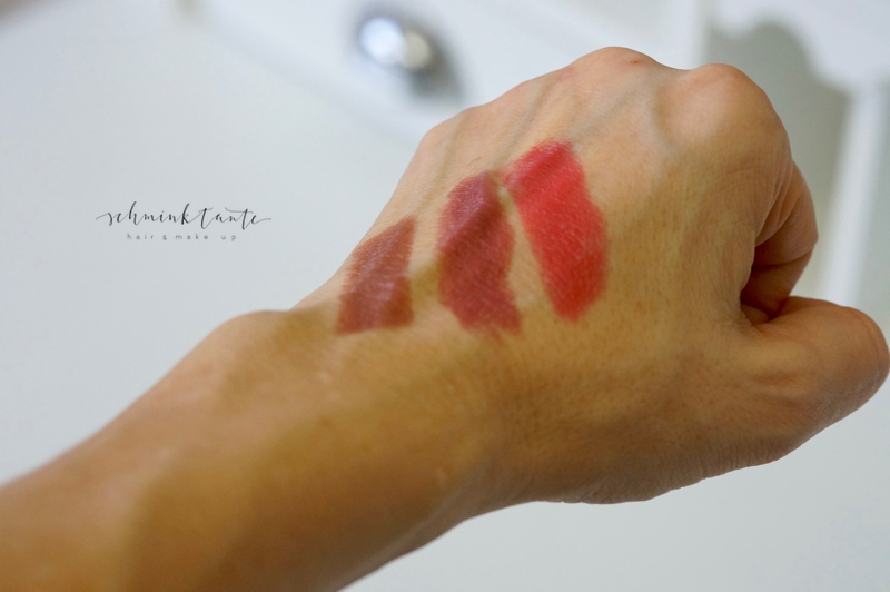 Morello Lippenstifte aufgetragen - zu verkaufen auf dem Beautymakrkt der Schminktante.