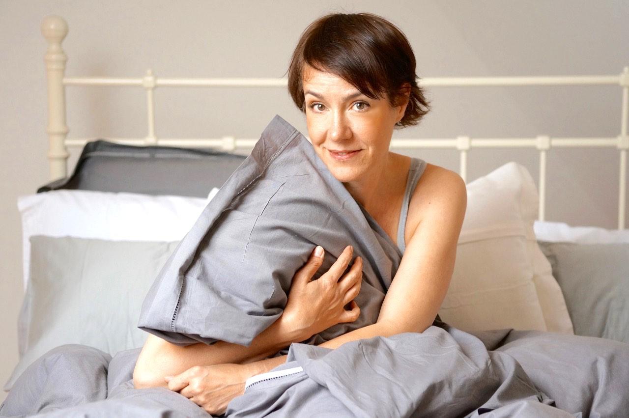 Über Schönheitsschlaf, Schlafmasken und Sleeping Packs.