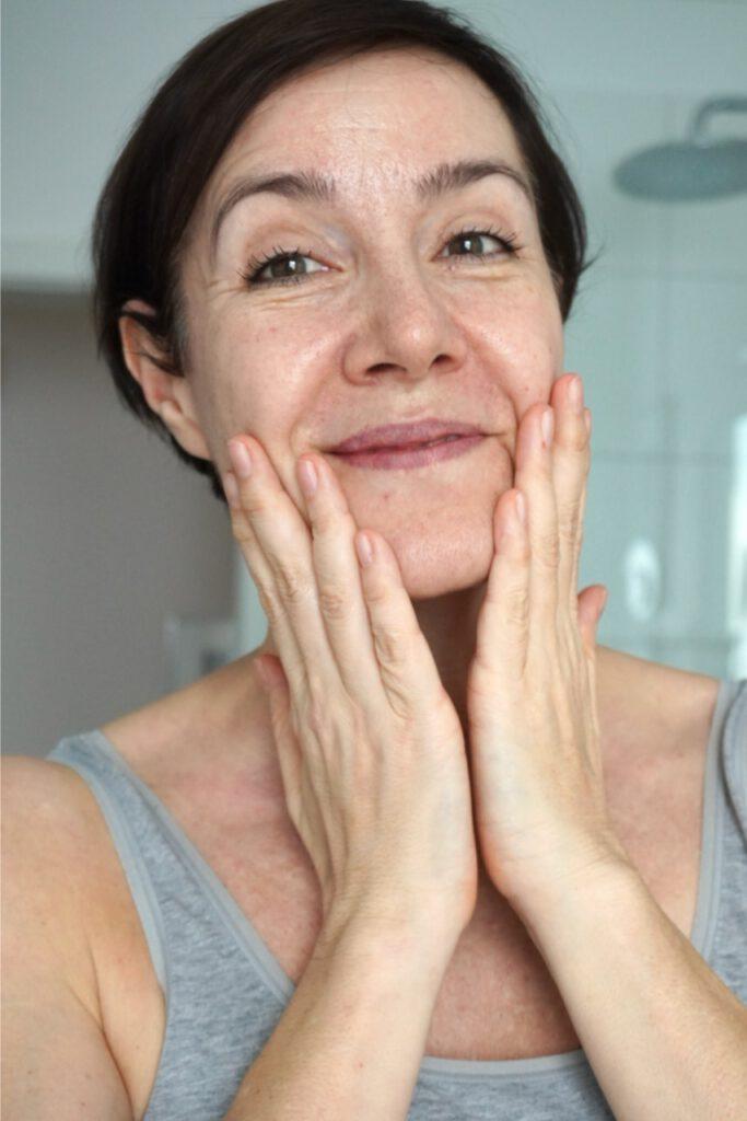 Shanti, Naturkosmetik, Hautöl, Anti Aging, Gesichtspflege, Ölkosmetik, Kosmetik, Schminktante, Anja Frankenhäuser, Beautyblog, Hautpflege, Portrait