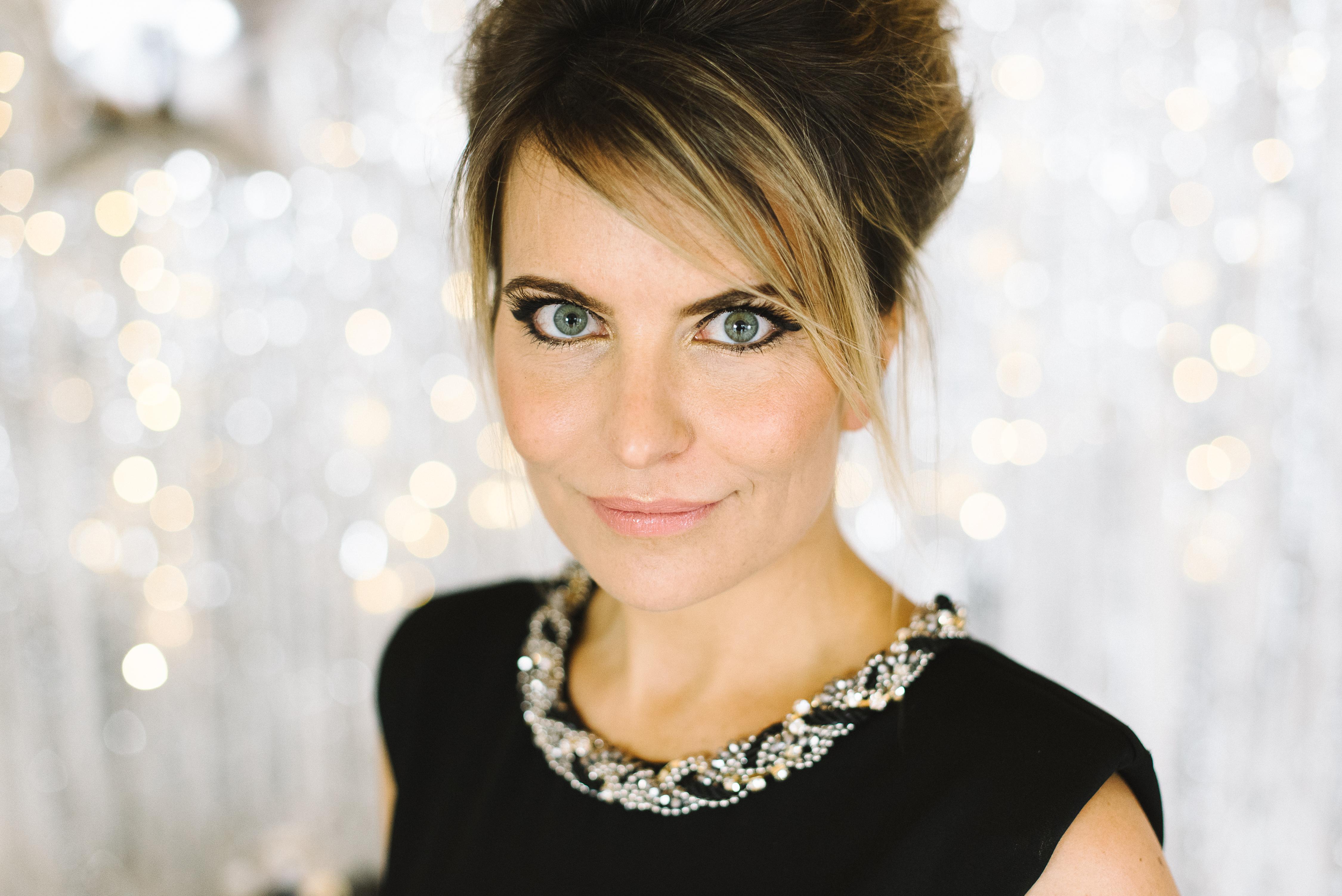 Wunderschön, wandelbar und klug: Erfolgsbloggerin Mara Hörner von Life is full of goodies im Beautyinterview der Schminktante.