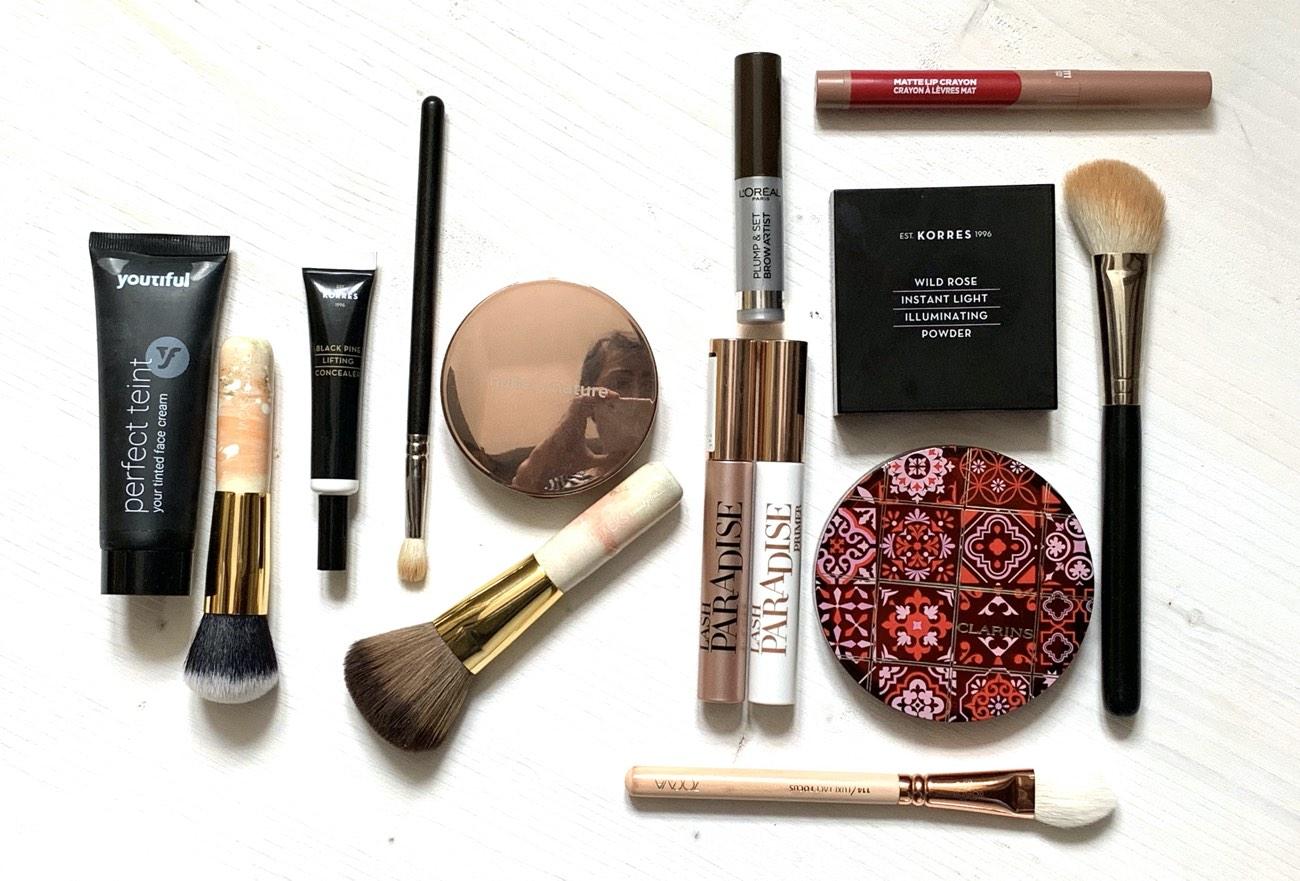 Statementlippen, Make up, Tutorial, Schminktipps, rote Lippen, Farbe, Schminktante, Anja Frankenhäuser
