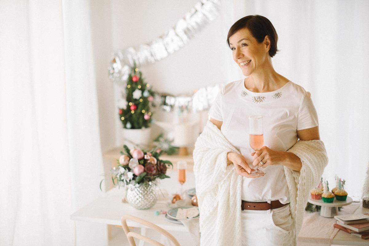 Kleine Inspiration in Sachen Mode gefällig? Gemeinsam mit der Modeflüsterin und 9 Bloggerkolleginnen zeigen wir euch die schönsten Outfits für die Festsaison Weihnachten und Silvester 2018.