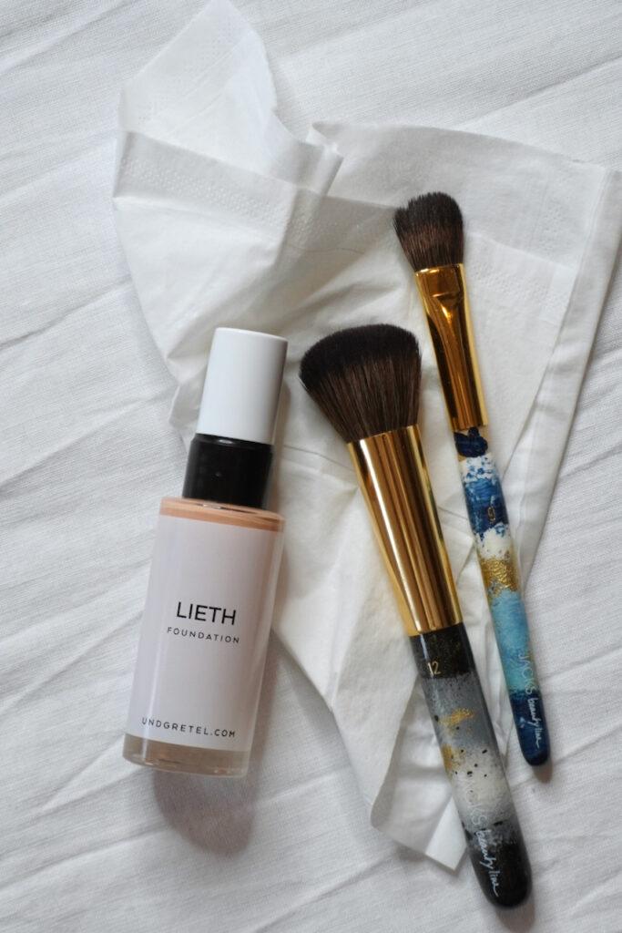 UND GRETEL, Organic Make up, 3 Produkte, 3 Minuten, schnelles make up, Tages Make up, natürliches Make up, Schminktante, Anja Frankenhäuser, make up Artist, Top Beautyblog