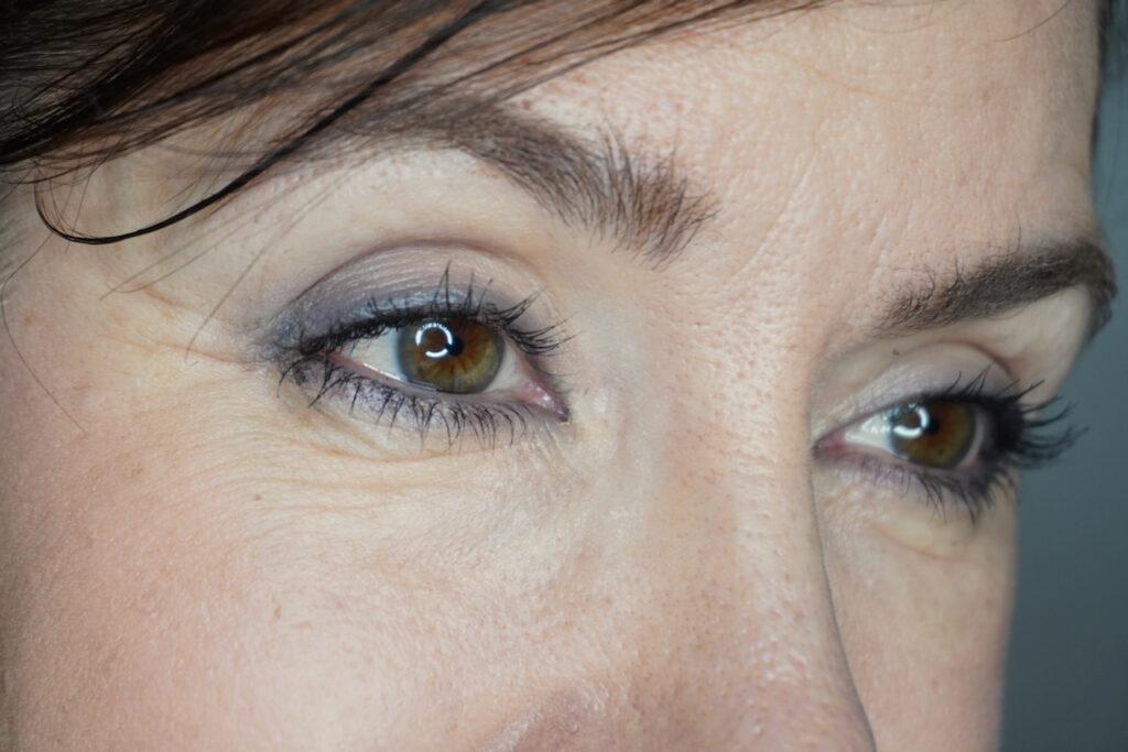 UND GRETEL, Grau, Augen, Make up, Lidschatten, Smokey Eyes, Soft Smokey Eyes, Schminktante, Anja Frankenhäuser, Top-Blog, Beautyblog, Ü40