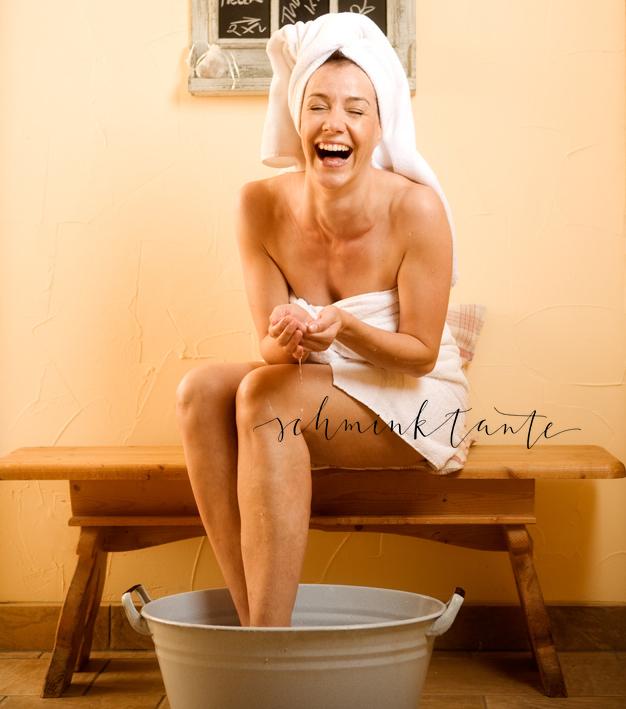 Schöne Haut beginnt nicht allein im Badezimmer. Auch mit der besten Creme kann man viel falsch machen. Meine persönlich besten Tipps für schöne und gesunde Haut habe ich hier für Euch zusammengestellt.