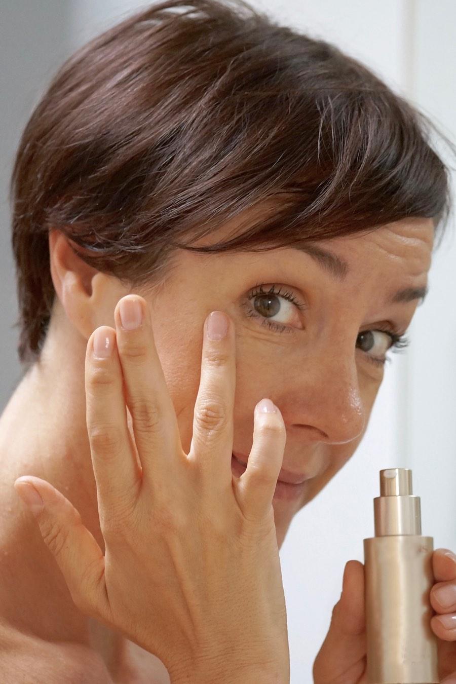 Was hilft gegen Tränensäcke? Schminktante Anja Frankenhäuser mit hilfreichen Tipps.