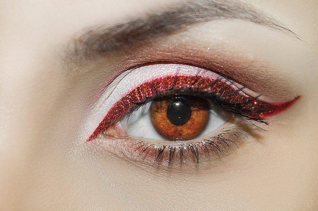 Schlupflid, Schminktipps, Schminkberatung, Augen Make up, Make up, Schminktante, Anja Frankenhäuser, Top-Beautyblog, Top-Blogger, Eyeliner