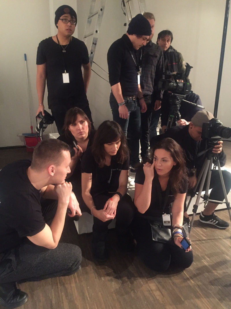 Make up Team von Maybelline zur Lookprobe auf der Berlin Fashionweek.