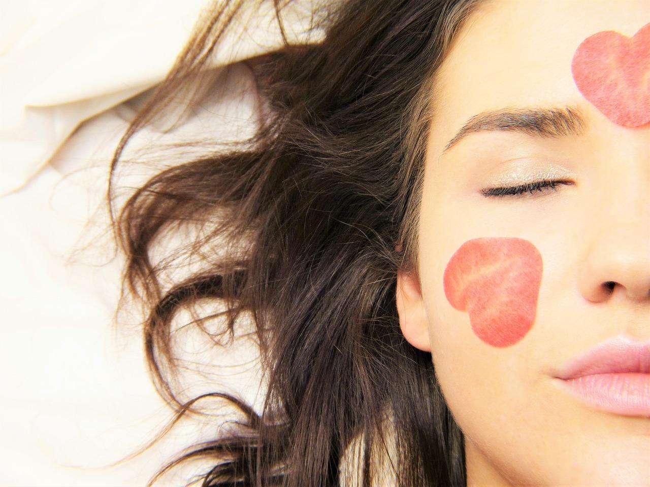 Kosmetik, Gesicht, Frau, Beauty, Hautpflege, KOSHO, Skincerely Yours, 8sam, Blattkultur, Anja Frankenhäuser, Schminktante