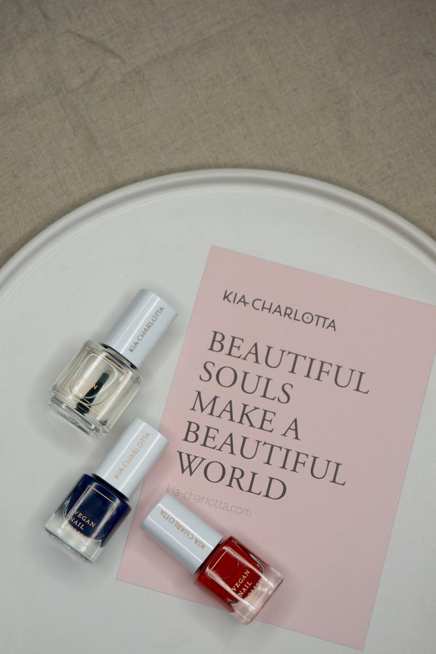 Die Beautylieblinge im November. Gesammelt und vorgestellt von Make up Artist Anja Frankenhäuser aka Die Schminktante.