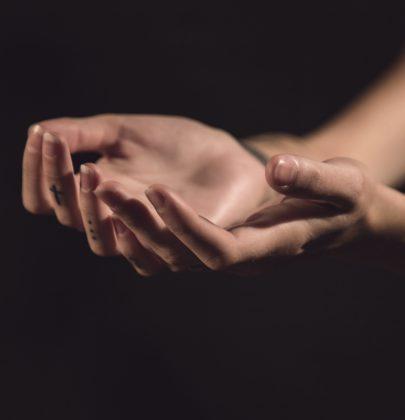 Maniküre vom Profi – Acryl, Gel, Shellack oder doch Fingernägel pur?