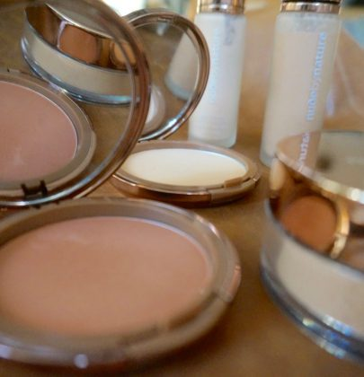 Absolut non toxic: Mineral-Make up mit nude by nature