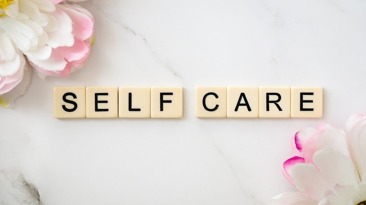 Selfcare, selbstliebe, selbstakzeptanz, achtsamkeit, schminktante, gedanken, anja frankenhäuser