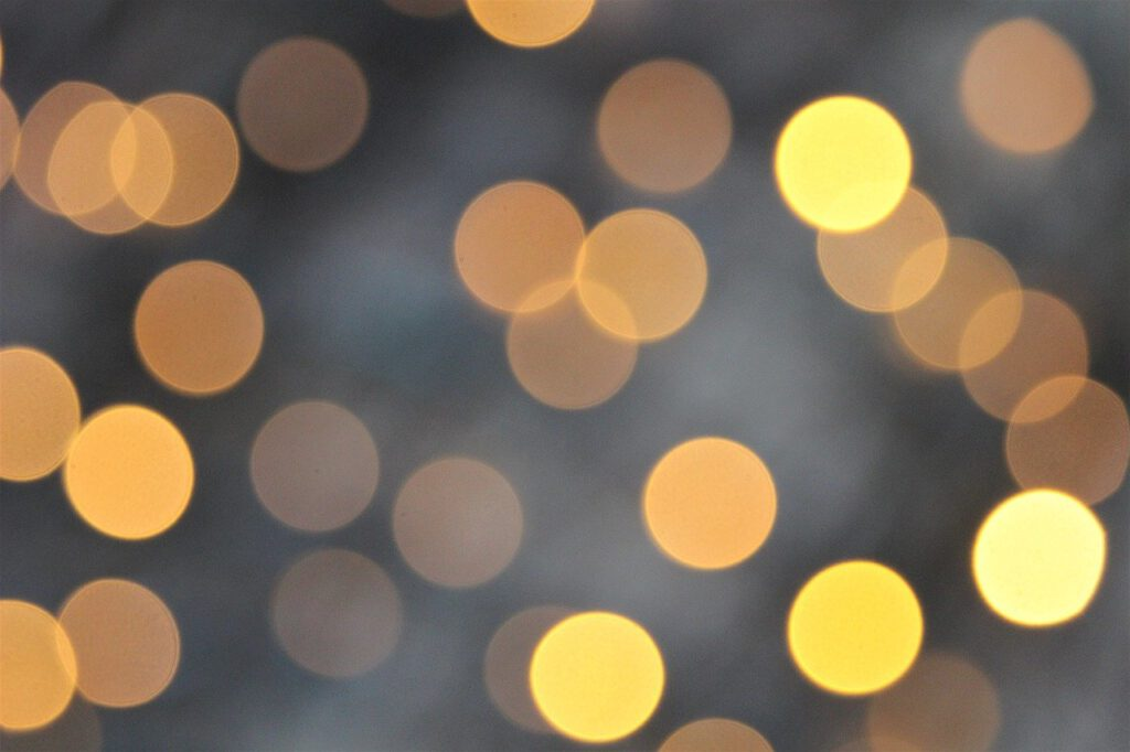 Ultimate Grey, Illuminating, Pantone, Colors of the year, 2021, Modefarben, Grau, Gelb, Schminktante, Anja Frankenhäuser